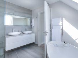 8 einfache Ideen wie Sie Ihr Badezimmer größer erscheinen lassen können
